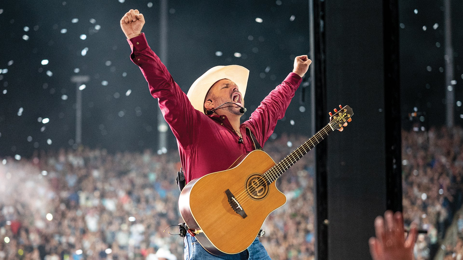 Exclusive, One Night Only Garth Brooks Concert To Air At 300 Drive-In Theaters Across North America