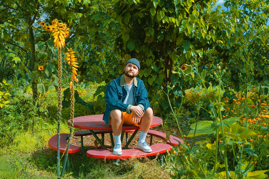 Live From The Living Room: Quinn XCII — Live Nation
